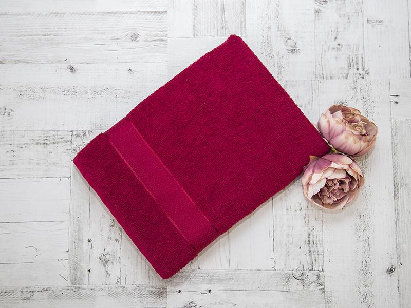 Махровое полотенце подарочное 70х130 бордовое УНДИНА