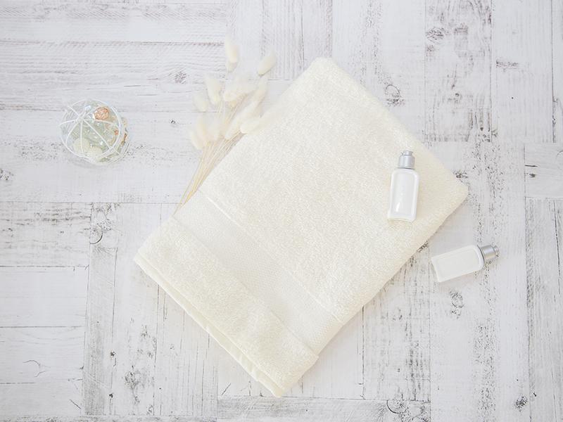 Махровое полотенце подарочное 70х130 кремовое в коробке УНДИНА