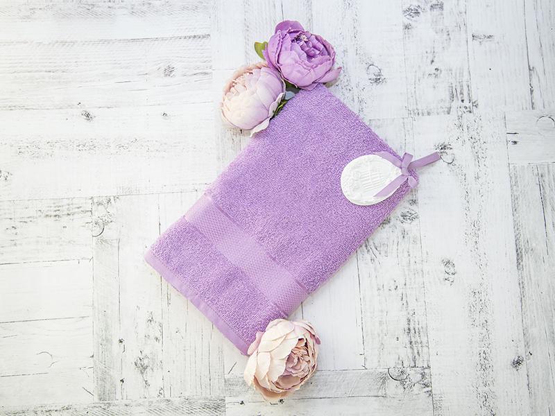 Махровое полотенце подарочное 50х90 сиреневое в коробке УНДИНА