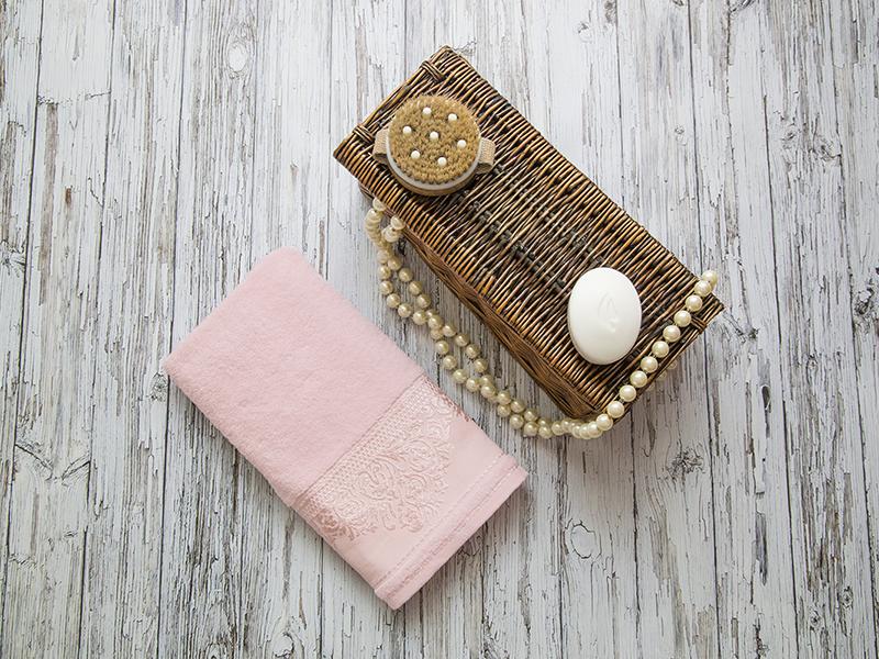 Махровое полотенце подарочное 50х90 розовое ФРАНСУА